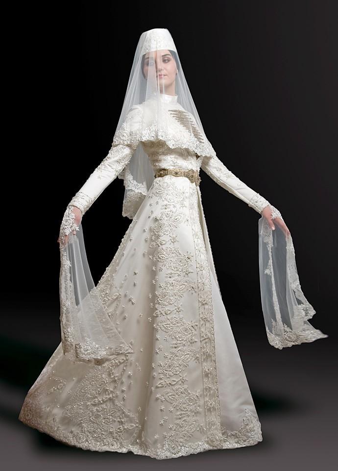 книиэкот в осетинском платье фото на свадьбу предположить